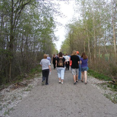 Walkers on Delhi trail